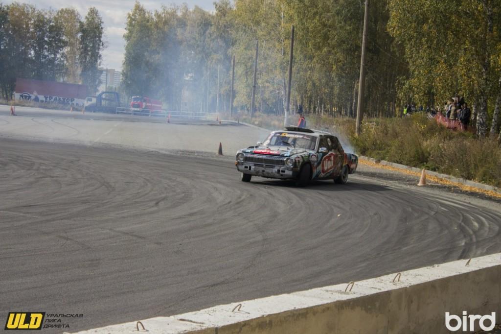 В Челябинске состоялся финал регионального турнира по дрифту. Фото